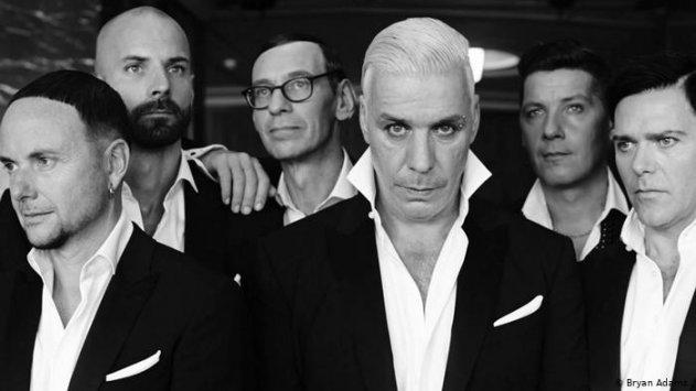 Биография знаменитой музыкальной группы Rammstein из Германии